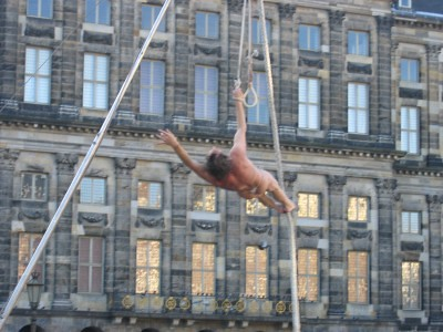 Naked Trapeze artist:  Dam Square