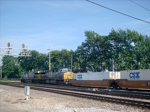 Eastbound CSX intermodal transfer train. Hayford Junction. Chicago Illinois. July 2007. by Eddie from Chicago
