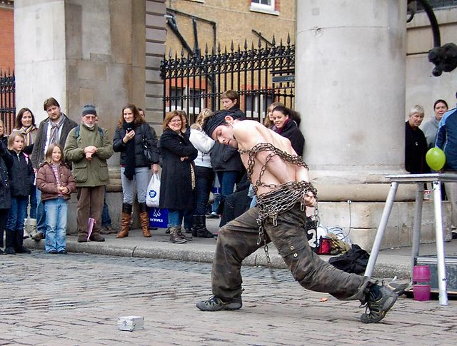 Escapologist, Covent Garden, London | Flickr - Photo Sharing!