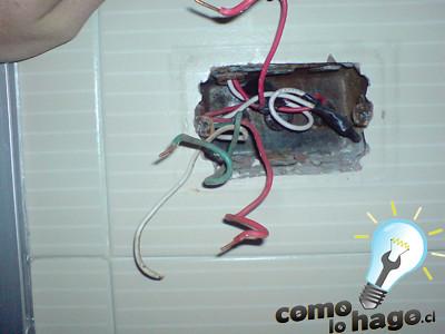 C mo lo hago c mo arreglar tu enchufe for Cambiar instalacion electrica antigua precio