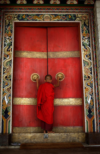 BHUTAN:THE LAST SHANGRI LA