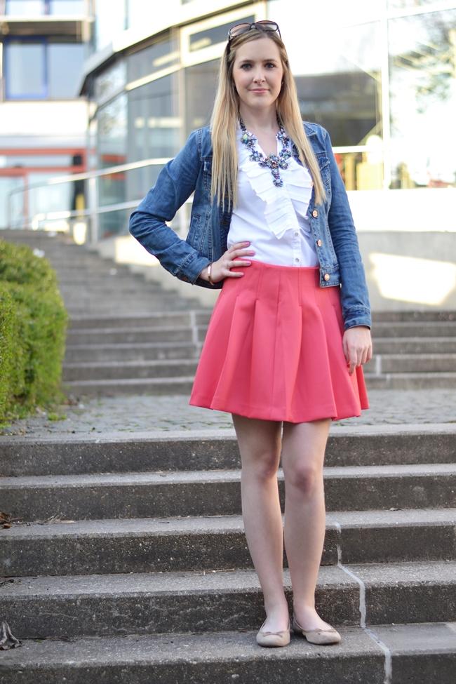 Outfit Willkommen Beinfreiheit (1)