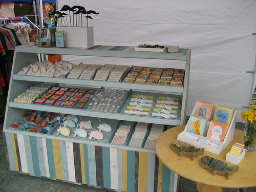 Craft show designs display case for How to set up a booth at a craft show