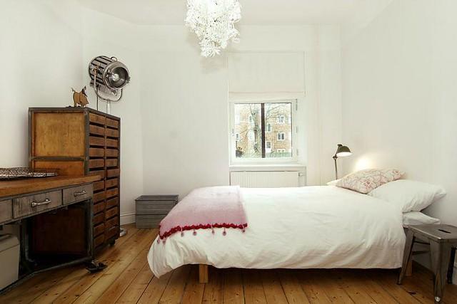 Midsummer Bedroom