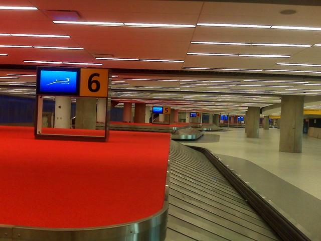 t5 baggage claim