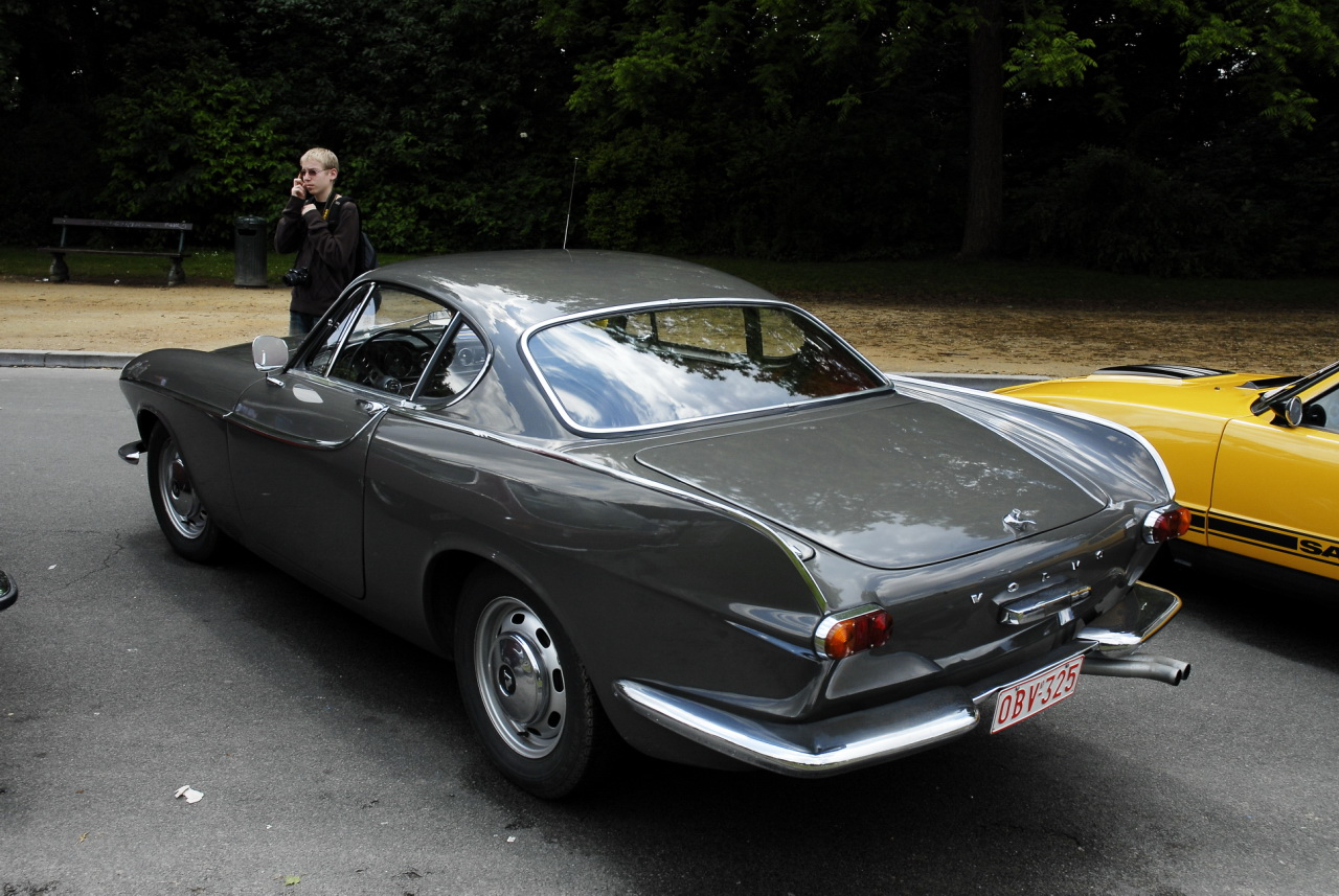 Volvo P1800 - a photo on Flickriver