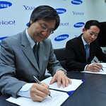 Yahoo! and Samsung Extend Strategic Mobile Global Partnership