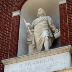 Philadelphia - Old City: Library Hall - Benjamin Franklin
