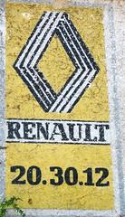 Renault - Photo of Saint-Amant-de-Boixe