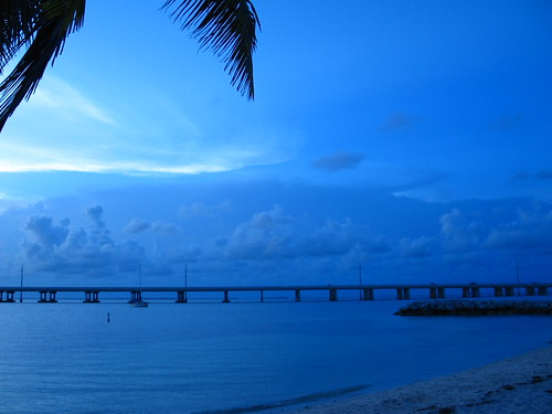 Sunset @ Bahia Honda State park, Key West, FL (Credit: Fovea Centralis on Flickr.com)