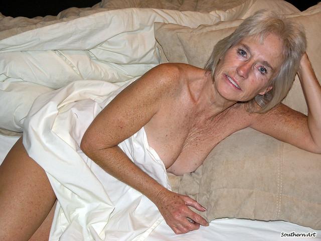 Голые бабушки фото бесплатно