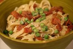 salad(0.0), spaghetti(0.0), penne(0.0), produce(0.0), pasta salad(1.0), vegetable(1.0), pasta(1.0), meat(1.0), fettuccine(1.0), food(1.0), dish(1.0), carbonara(1.0), cuisine(1.0),