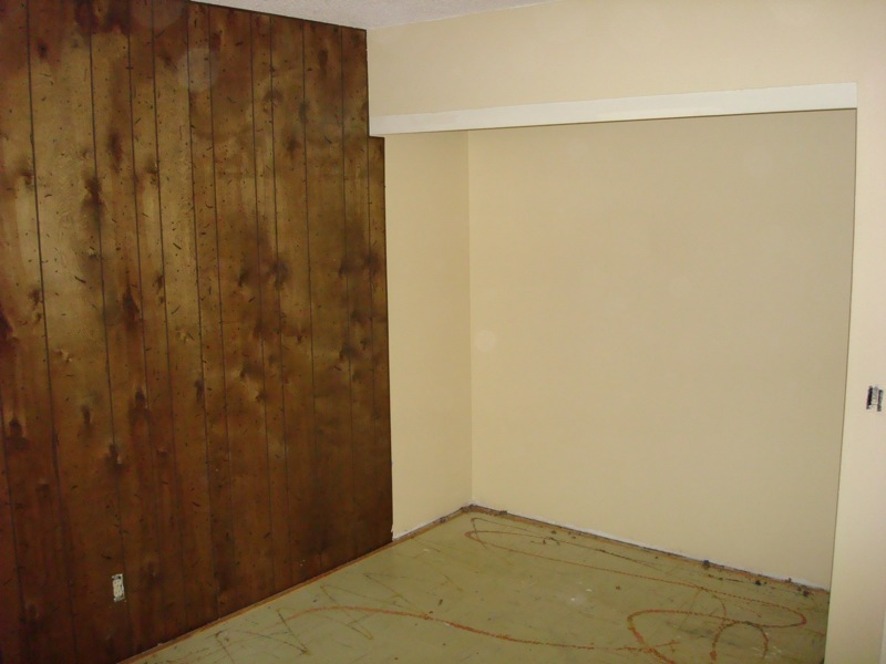 Laminate flooring sealing cracks laminate flooring for Can you seal vinyl flooring