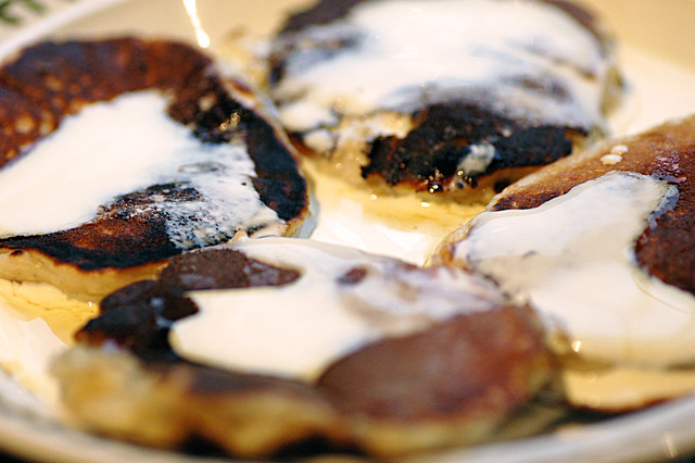 drop scones with maple syrup and cream | Flickr - Photo Sharing!