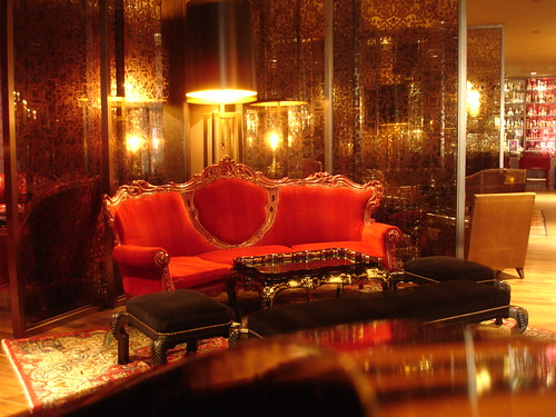 Rock and roll video games and uber chic it 39 s hotel sax for Hotel sax chicago