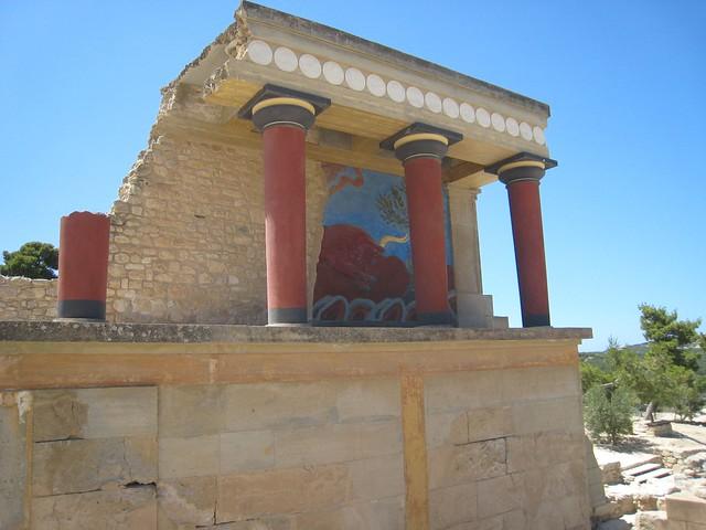 knossos of the minoan empire