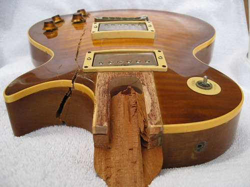 Les Paul, broken