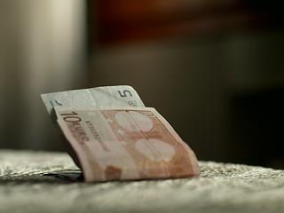 Ti ho lasciato i soldi sul tavolo