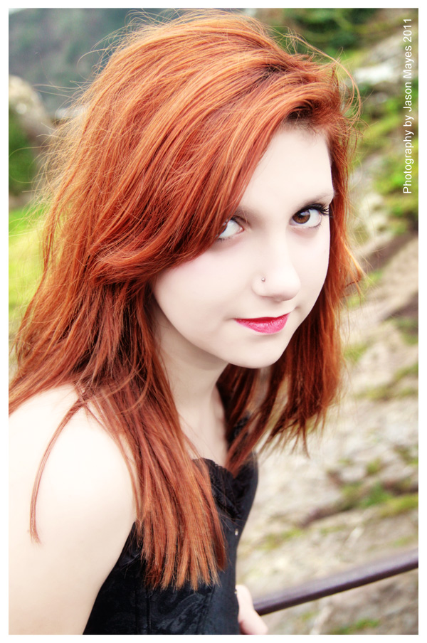 red head hair style