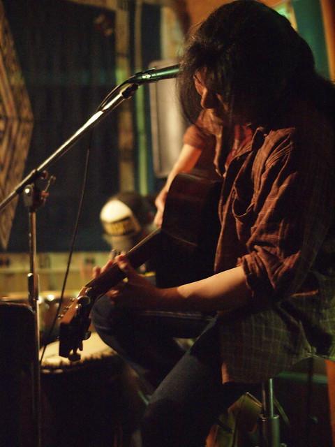 100 FEET live at Free BarD, Tokyo, 19 Jun 2011. 206