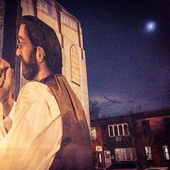 Everywhere you go on East Passyunk tonight the man in the moon is watching over your shoulder. #visitphilly #eastpassyunk #southphilly #mural #arts