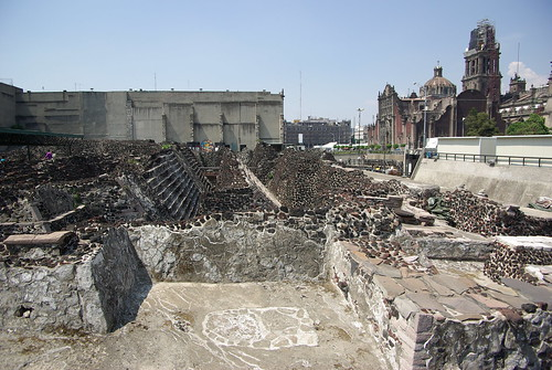 Templo mayor ruins, in the middle of Zocalo