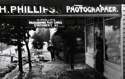 Harry Phillips' Shop, Katoomba St., c1912