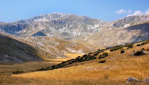 mountains d50 outdoor macedonia nikkor50mmf18 2008 mavrovo hikind makedonie маврово