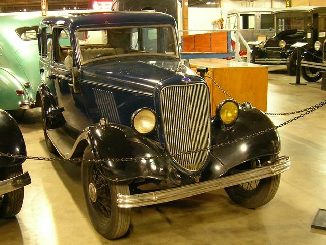 1933 english ford popular 4 door sedan 3 flickr photo for 1933 ford 4 door sedan