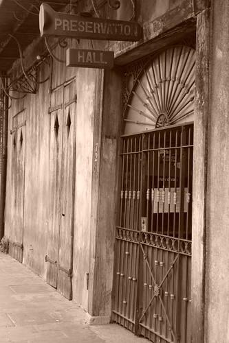El Preservation Hall fue el lugar más famoso de Jazz del Mundo donde Louis Armstromg creció como músico. Nueva Orleans, ¿French o ... Spanish Quarter? - 2528672964 7ab7fe2882 - Nueva Orleans, ¿French o … Spanish Quarter?