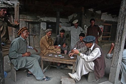 pakistan people men culture canon5d kalash 1740f4l chitral yasirnisar maxloxton
