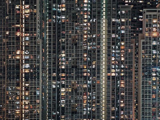 [ W ] Michael Wolf - Architectural Density, Night #16 (2005)