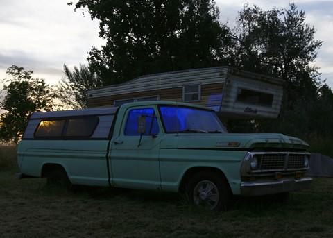 blue sunset green truck trailer pocketwizard