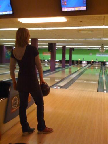 Bowling pose