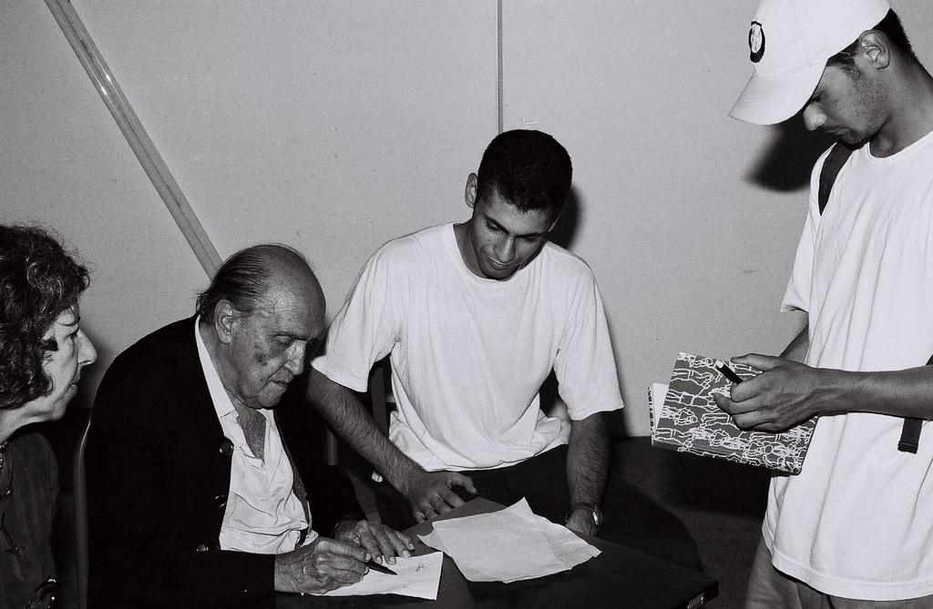 Niemeyer 90 anos