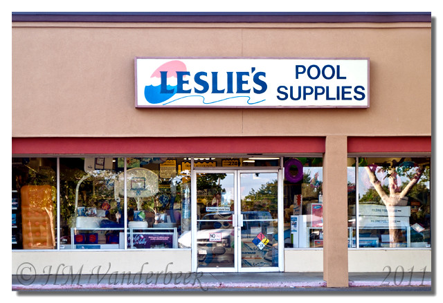 Leslie 39 s pool supplies flickr photo sharing for Leslie pool garden grove