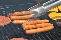 sausage(1.0), frankfurter wã¼rstchen(1.0), carrot(1.0), vegetable(1.0), grilling(1.0), vienna sausage(1.0), produce(1.0), food(1.0), dish(1.0), cuisine(1.0), breakfast sausage(1.0), kielbasa(1.0), cooking(1.0), bratwurst(1.0),