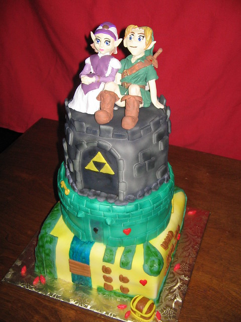 Princess Zelda and Link are sculpted out of Sculpey wwwebcakescom