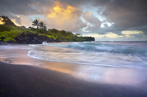 travel wallpaper vacation seascape landscape island blacksand hawaii lava waianapanapa maui hana palmtree bec blacksandbeach honokalani landscapephotography mauiphotos hawaiiphotos waianapanapabeach frhwofavs seascapephotography photocontesttnc10