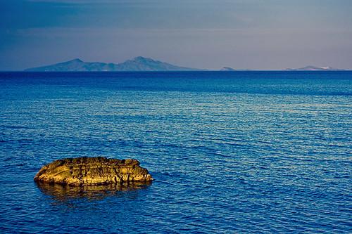 light mountains water colors sunrise turkey island rocks sony may vivid ile kos greece mai 2008 grece grecja a700 dslra700