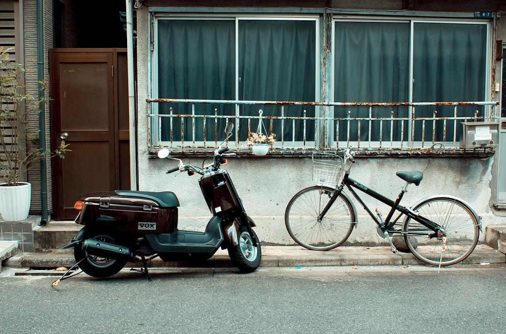 スクーターと自転車