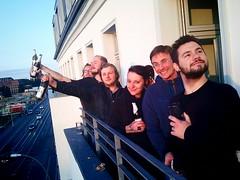 die sonnenaufgang girls & boys vonner balkonparty