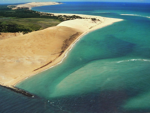 africa plane wonder dunes indianocean aerialview explore aerialphoto mozambique dunas moçambique bazaruto 100faves maravilhadanatureza andrépipa oceanoíndico wondernature photobyandrépipa africabyair indianoceanbyair
