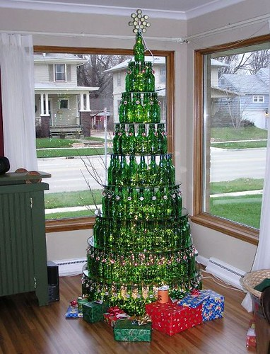 Beautiful Beer Bottle Christmas Tree, *burp*