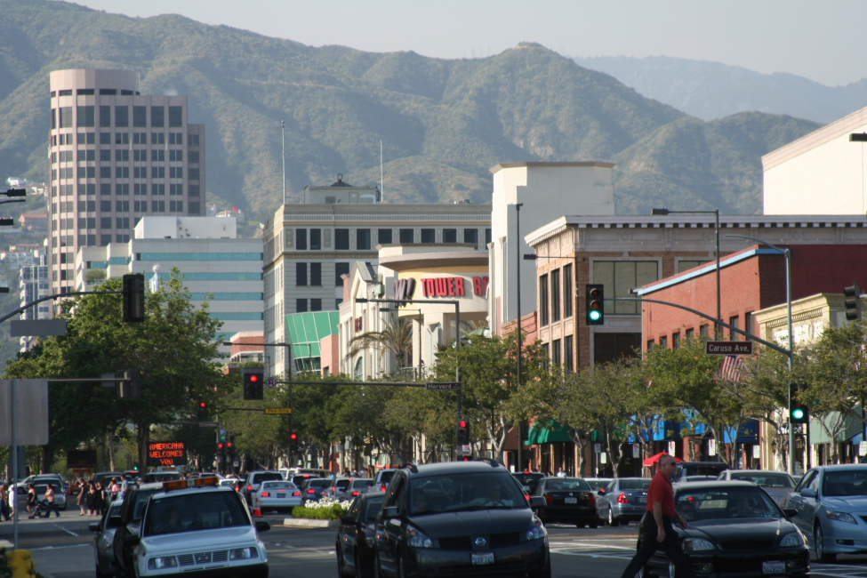 Live From Downtown Glendale Ca With Some Los Angeles