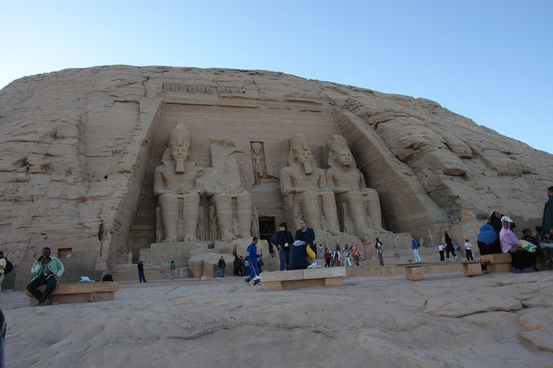 Templo Mayor de Abu Simbel, Templo de Ramses II Abu Simbel, el templo de las dos vidas - 2474565074 e58a9c1d7b o - Abu Simbel, el templo de las dos vidas