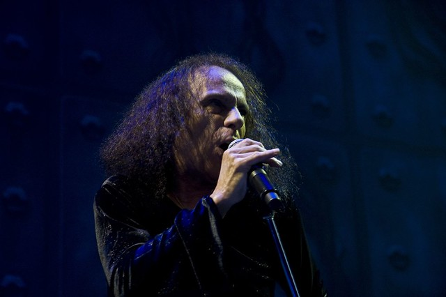 ronnie-james-dio.com Estimated Worth $598.6 USD by websiteoutlook