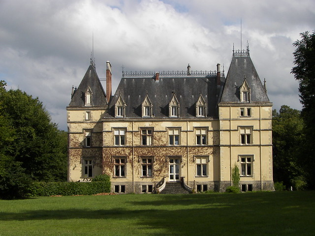 1000 images about allier auvergne on pinterest for Logis de france vichy