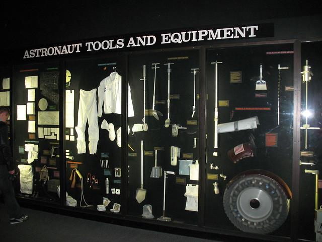astronaut tools - photo #31