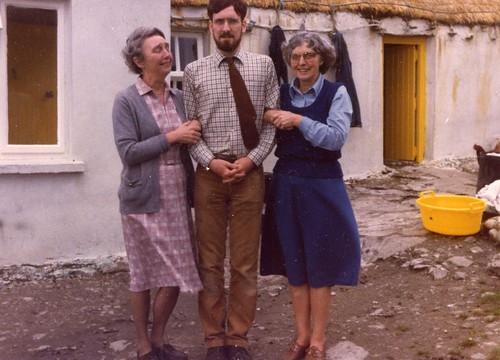 Aunt Elizabeth, Anthony, Isobel Beal